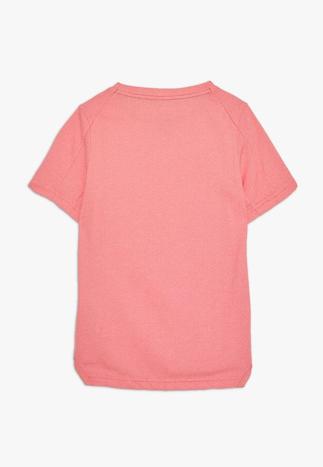 STATEMENT  - Print T-shirt - track red/hyper crimson