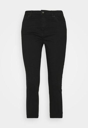 SKINNY CAPRI - Trousers - black