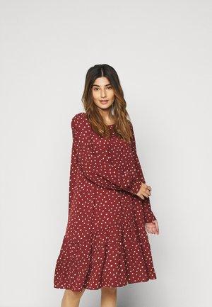 ONLCHERYL PETIT - Vestido informal - red ochre