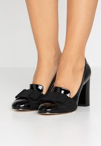 MICHAEL Michael Kors - AMES - High heels - black - 0