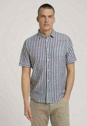 Skjorta - navy white big stripe