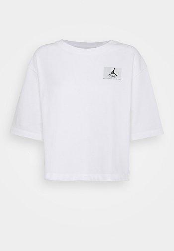 ESSEN BOXY TEE - Basic T-shirt - white/black