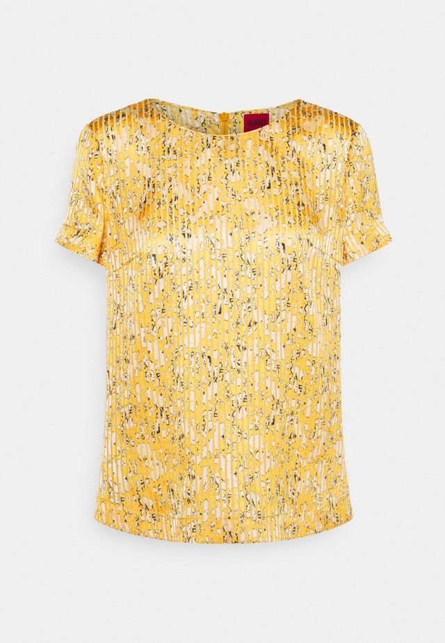 CLERISA - Print T-shirt - open miscellaneous