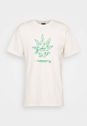 EASY GREEN TEE - Print T-shirt - natural