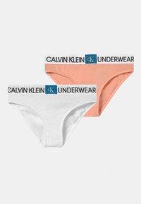 Calvin Klein Underwear - 2 PACK - Briefs - apricot pink/white - 0