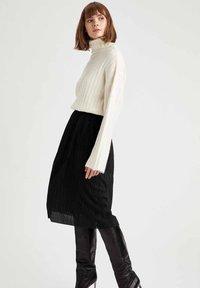 DeFacto - A-line skirt - black - 2