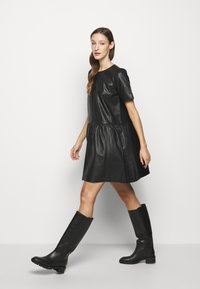 2nd Day - ASPEN DRESS - Denní šaty - black - 4