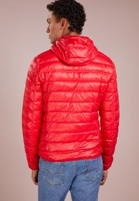 EA7 Emporio Armani - JACKET - Dunjakker - racing red - 2