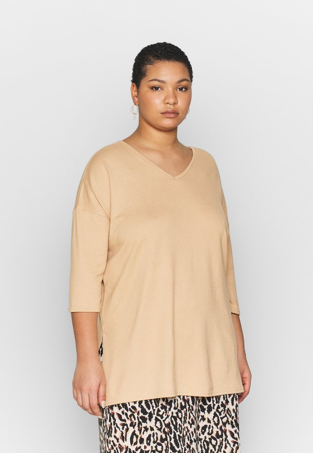 BELLA - Jumper - camel