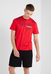 Neil Barrett BLACKBARRETT - 3D MESH SKULLS - Print T-shirt - red/black/white - 0