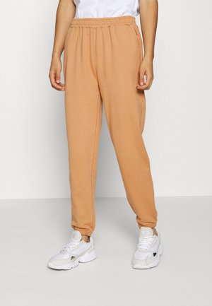 REGULAR FIT JOGGERS - Tracksuit bottoms - camel