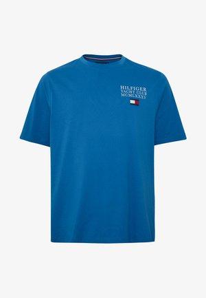 YACHT CLUB TEE - Print T-shirt - blue