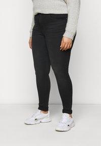 ONLY Carmakoma - CARLAOLA LIFE - Jeans Skinny Fit - black - 0