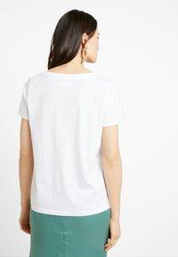 Zalando Essentials - Basic T-shirt - white - 2