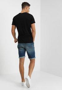 LTB - LANCE - Shorts di jeans - montone wash - 2