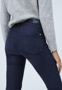 Pepe Jeans Skinny Fit Pantalones Azul Marino Zalando Es