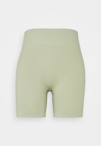 SEAMLESS CYCLE SHORT