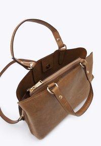 PARFOIS - TOTE BAG LUCY - Tote bag - camel - 2