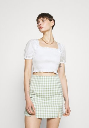 PUFF SLEEVE RUCHED CROP - Print T-shirt - white