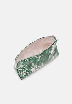ROCOLA - Kosmetická taška - green