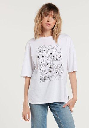 BRIAND FA SS - Print T-shirt - white