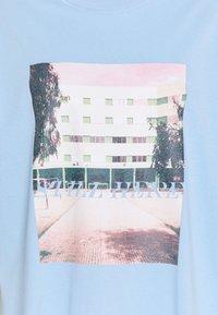 Envii - ENKULLA TEE - T-shirts print - light blue - 2