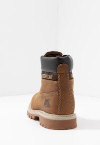 Cat Footwear - COLORADO - Veterboots - dark beige - 3
