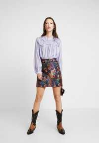 Lost Ink - BELTED SKIRT - A-linjekjol - multi/black - 1
