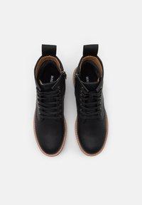 Madden by Steve Madden - HEELER - Šněrovací kotníkové boty - black - 3