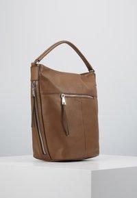 FREDsBRUDER - RIMINI - Handbag - chestnut - 3
