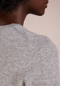 Repeat - CREW NECK CASHMERE - Sweter - light grey - 4