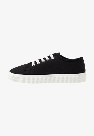 CHELSEA CREEPER PLIMSOLL - Trainers - black