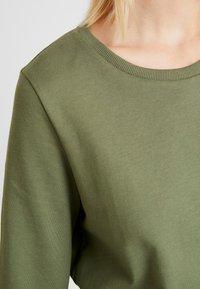 Noisy May - NMPANA SOLID - Sweatshirt - olivine - 4