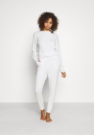 SUPER SOFT CREW AND CUFF PANT - Pyjama set - soft grey marle