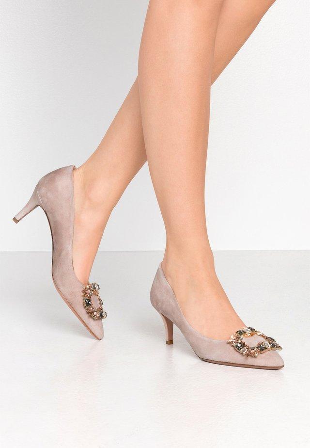 SARA - Classic heels - contur
