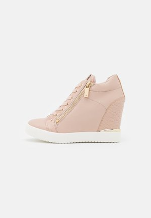 TRIXIE - Sneakers basse - light pink