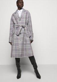 Vivienne Westwood - COAT - Klasický kabát - multi - 5