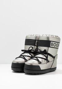 Bogner - TROIS VALLEES  - Zimní obuv - silver/black - 4