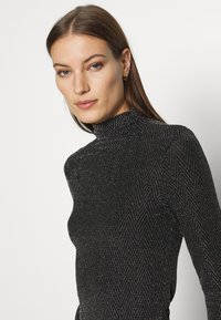 Who What Wear - RUCHED TURTLENECK - Long sleeved top - black - 4