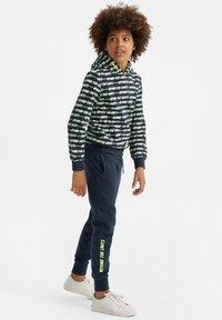 WE Fashion - Tracksuit bottoms - dark blue - 0