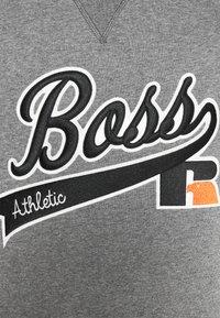 BOSS - BOSS X RUSSELL ATHLETIC STEDMAN - Sweatshirt - medium grey - 6