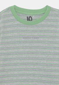 Cotton On - FREE BOYS LONG SLEEVE - Top sdlouhým rukávem - light grey/spearmint - 2