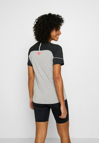 Dynafit - ALPINE PRO TEE - T-shirt con stampa - black out - 2