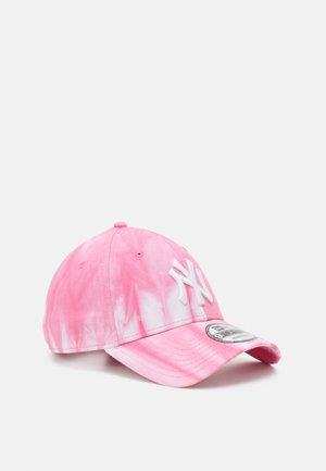 TIE DYE NEYYAN UNISEX - Czapka z daszkiem - pink/white