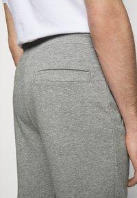 HUGO - DOAK - Verryttelyhousut - medium grey - 5