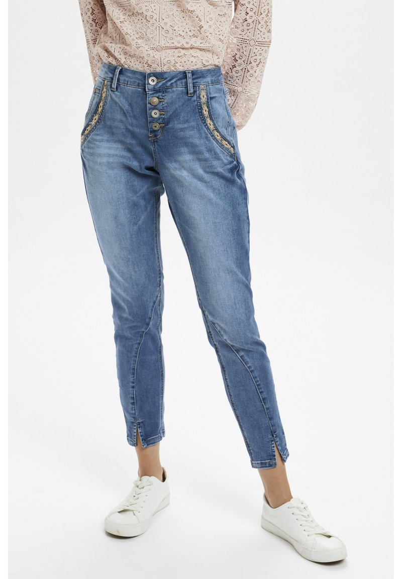 Cream - CRHOLLY - Slim fit jeans - light blue denim
