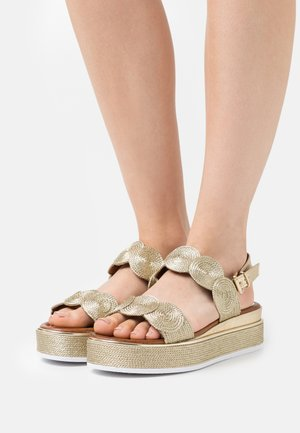 Sandalen met plateauzool - platinum