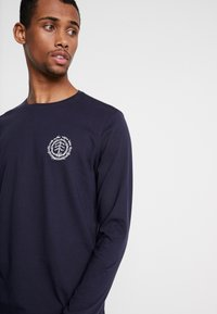Element - TOO LATE LOGO - Long sleeved top - eclipse navy - 3