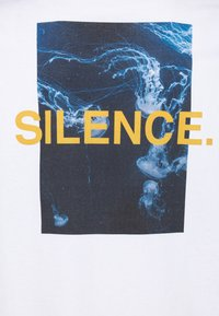 9N1M SENSE - SILENCE WAVES UNISEX - Print T-shirt - white - 6