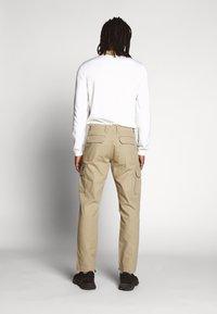 Dickies - EDWARDSPORT - Cargo trousers - khaki - 2